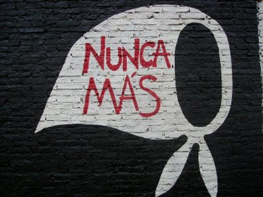 mural pañuelo 24 marzo