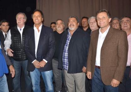 La UOCRA apoya la precandidatura de Scioli