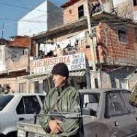 "Con disparos de pistola y ametralladora, bandas narco se enfrentaron en barrio ""Hijos de María"""