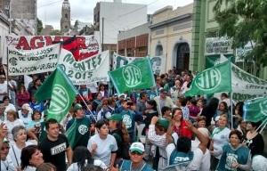 En la sede local del gremio, en calle Colón, afiliados se concentraron para celebrar la proclama.