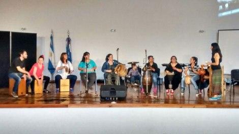 Internos de la Unidad Penal 1 y 6 presentaron obras musicales en la UADER 2