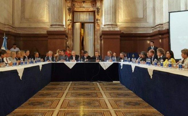 gobernadores en el senado.jpg