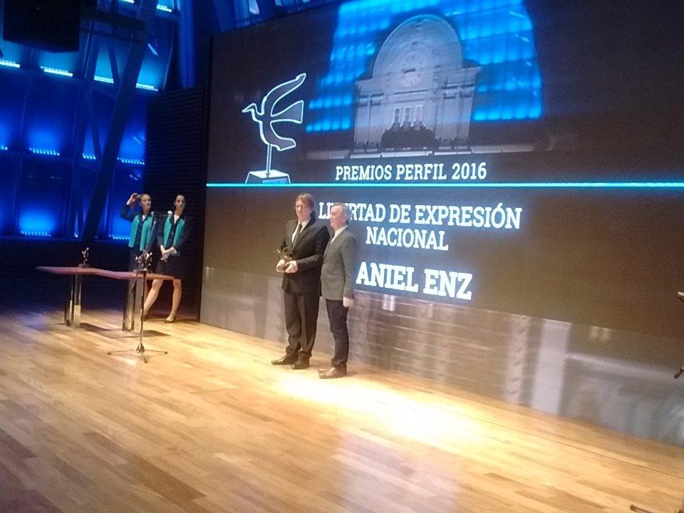 daniel-enz-premio-perfil-2016