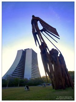 Monumento-Azorianos-by-Jefferson-Bernardes