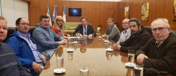 Reunion representantes del campo